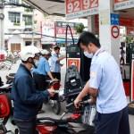 Giá xăng giảm nhẹ từ 3 giờ chiều nay