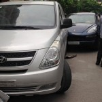 Xe 5 tỷ đồng Cayenne bị tai nạn hỏng đầu xe
