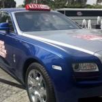 Choáng dàn siêu xe khủng khoe dáng trên đường phố Dubai