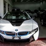 BMW ra mắt công nghệ ngồi trong xe điều khiển nhà thông minh