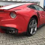 Cận cảnh hiện trường vụ tai nạn siêu xe Ferrari ở Sài Gòn