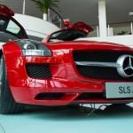 Trải nghiệm cảm giác ngồi trong siêu xe Mercedes SLS AMG