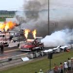 Cuộc đua xe tải dùng động cơ phản lực như máy bay