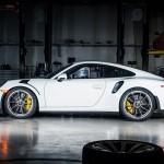Xe sang Porsche Boxster tai nạn tan nát
