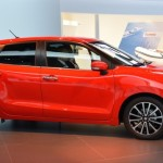Suzuki Baleno xe hatchback gia đình giá rẻ