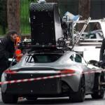 Phim điệp viên 007 phá siêu xe như xe đồ chơi
