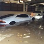 siêu xe Lamborghini Huracan, Mercedes AMG mới mua đã bị nước lụt