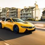 Siêu xe BMW i8 màu vàng đẹp tuyệt vời