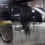 Xe sang Lexus LX570 cháy tan nát trong hầm xe