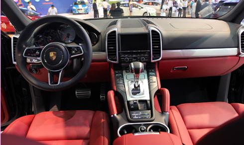 Porsche-Cayenne-2015-3-4133-1416553121