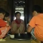 Xúc động với cuộc sống nghèo khổ của 3 em bé mồ côi cha mẹ