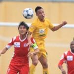 Lương các cầu thủ bóng đá Thái Lan cao ngất ngưởng