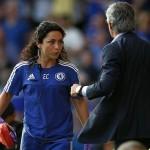 """Mourinho lăng mạ nữ bác sĩ nhưng vẫn được """"xóa tội"""""""