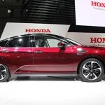 Ngắm xe ô tô chạy khí hydro Honda Clarity Fuel Cell giá 1,4 tỷ đồng