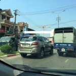 Xe SUV Ford Everest mới cứng trên đường phố Thái Nguyên