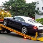 Xe siêu sang Rolls-Royce Wraith đi dán decal ở Sài Gòn