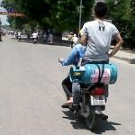 Trình độ của thanh niên bốc đầu xe máy tốc độ cao