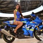Ngắm vẻ đẹp của chân dài Italia bên siêu xe môtô