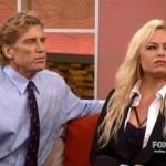Tài tử Charlie Sheen bị nhiễm HIV bạn gái vẫn cho quan hệ thoải mái