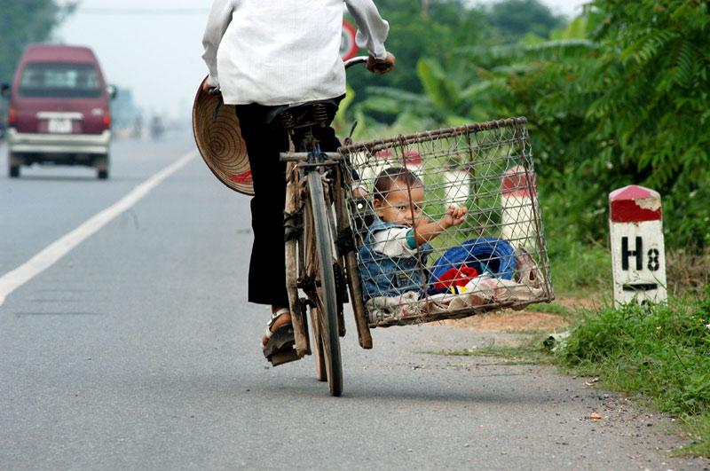 co-can-thiet-phai-the-khong