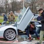Siêu xe Lamborghini Aventador triệu đô bị tai nạn nát đầu