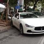 Siêu xe Maserati Ghibli khoe tiếng pô thể thao ở Hà Nội