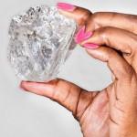 Choáng viên kim cương khổng lồ thứ 2 thế giới