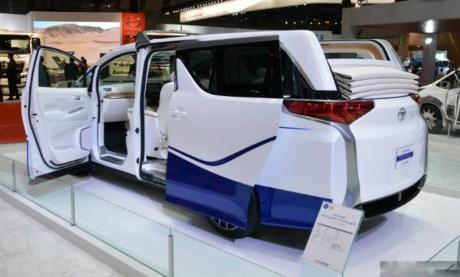xe-Toyota-Alphard-Hercule-baoxehoi.net2
