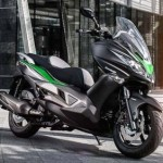 Xe môtô khủng Kawasaki J125 giá từ 120 triệu đồng
