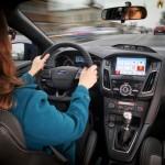 Nhiều công nghệ xe hơi hiện đại ra mắt năm 2015