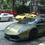 Ngắm loạt siêu xe triệu đô dưới khách sạn 5 sao ở Singapore