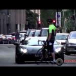 Đi siêu xe Lamborghini triệu đô vẫn bị quát vì tiếng pô to