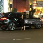 Linh Nga đi Porsche Cayenne cùng đại gia mới