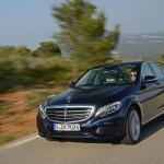 """Mercedes khẳng định không """"thi đấu"""" vị trí số 1 xe sang tại Mỹ"""