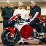 Ngắm siêu xe máy đua Honda RC213V-S giá khủng 5 tỷ đồng