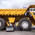 Belaz 75710 giá 126 tỷ tranh vị trí xe tải lớn nhất thế giới