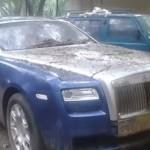 Rolls-Royce Ghost giá 17 tỷ bị ném như hàng thải