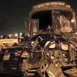 Xe khách lao sang làn đường ngược chiều khiến 10 người thương vong