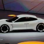 Siêu xe chạy điện 1000 mã lực Porsche Mission E