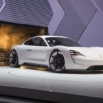 Hãng xe Porsche đạt kỷ lục bán 200.000 xe/năm