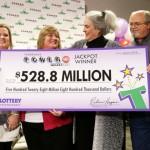 Cặp vợ chồng trúng số 529 triệu đô vẫn sẽ đi làm bình thường