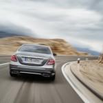 Quá trình phát triển xe sang Mercedes E class