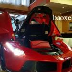 Mua Ferrari Laferrari 2 triệu đô làm bàn uống nước