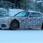 Siêu xe Mercedes-AMG GT-R lộ ảnh chạy thử trên tuyết