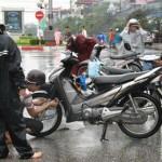 Những thói quen khiến xe máy nhanh hỏng mùa Đông lạnh