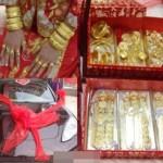 Những đám cưới choáng ngợp vì đeo vàng số lượng khủng