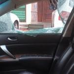 Quảng Ninh: Trộm táo tợn đập vỡ cửa kính xe để ăn trộm