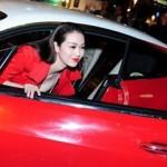 Những sao Việt từng mượn siêu xe gây xôn xao dư luận