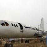 """Nông dân biến máy bay Boeing 737 """"của mình"""" thành quán ăn"""