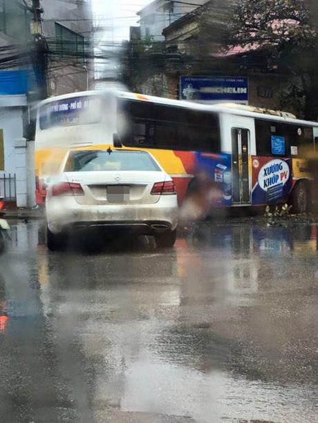 xe-bus-dam